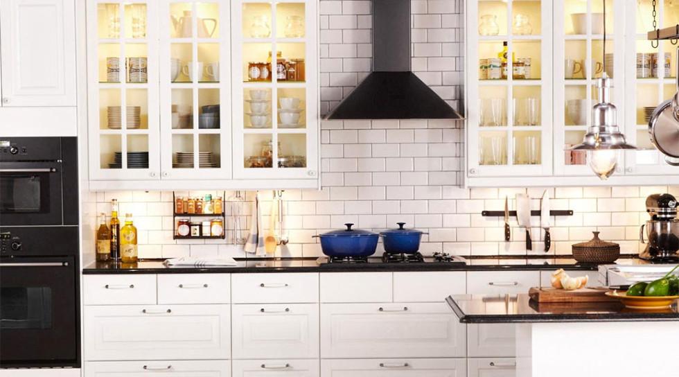 Cocina con azulejo tipo metro
